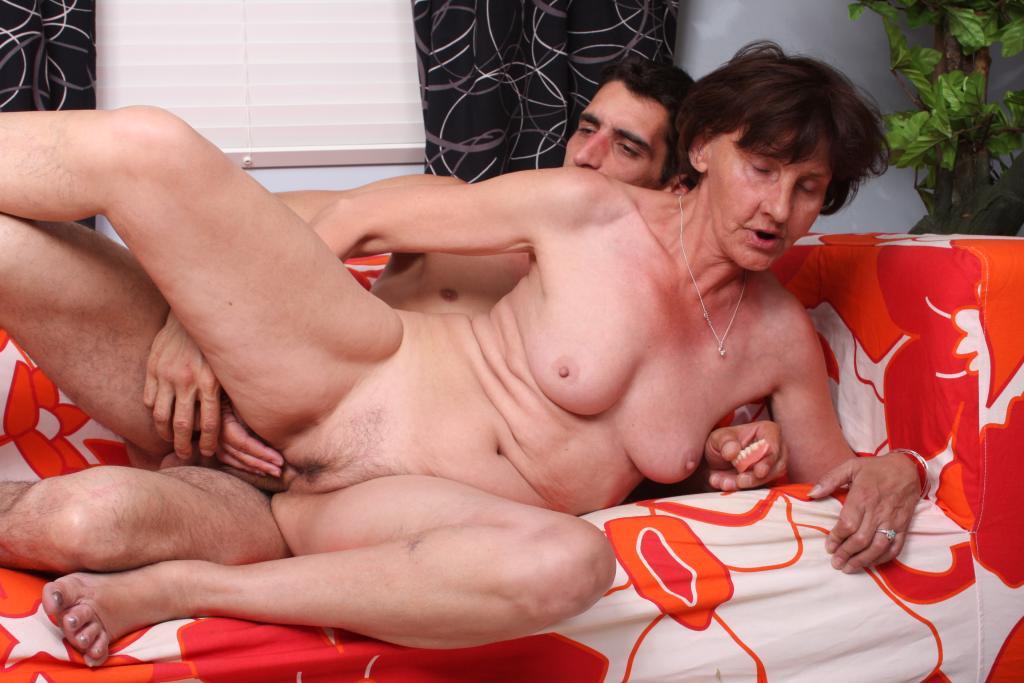 Old mama sex videos