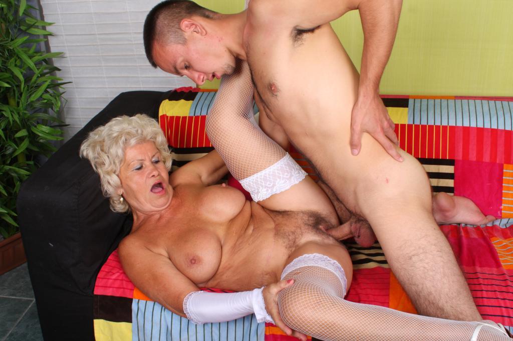 фото секса старух с молодыми